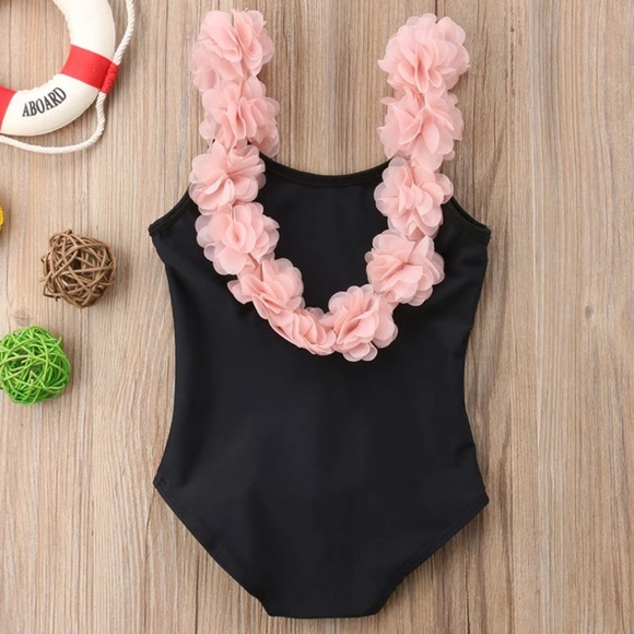 Other - Gorgeous black pink flowers girls swimsuit 6-7